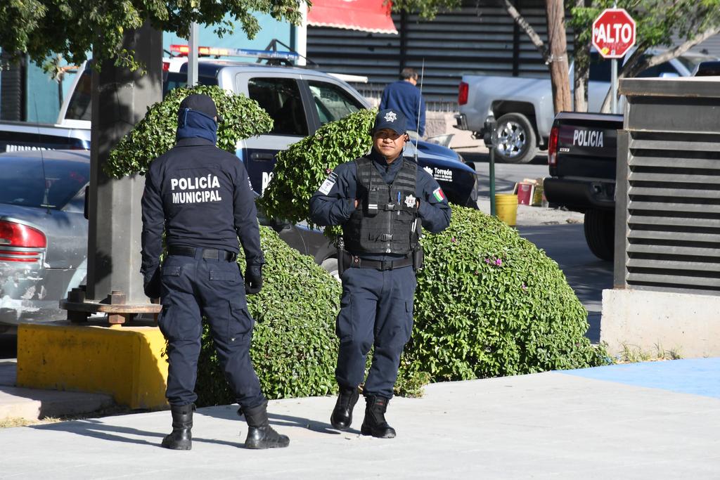Adolescente y joven son detenidos por robo