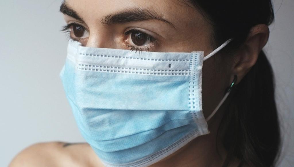 Los protectores bucales deben cubrir la nariz y la boca; Señalar la importancia de su uso correcto, El Siglo de Torreón