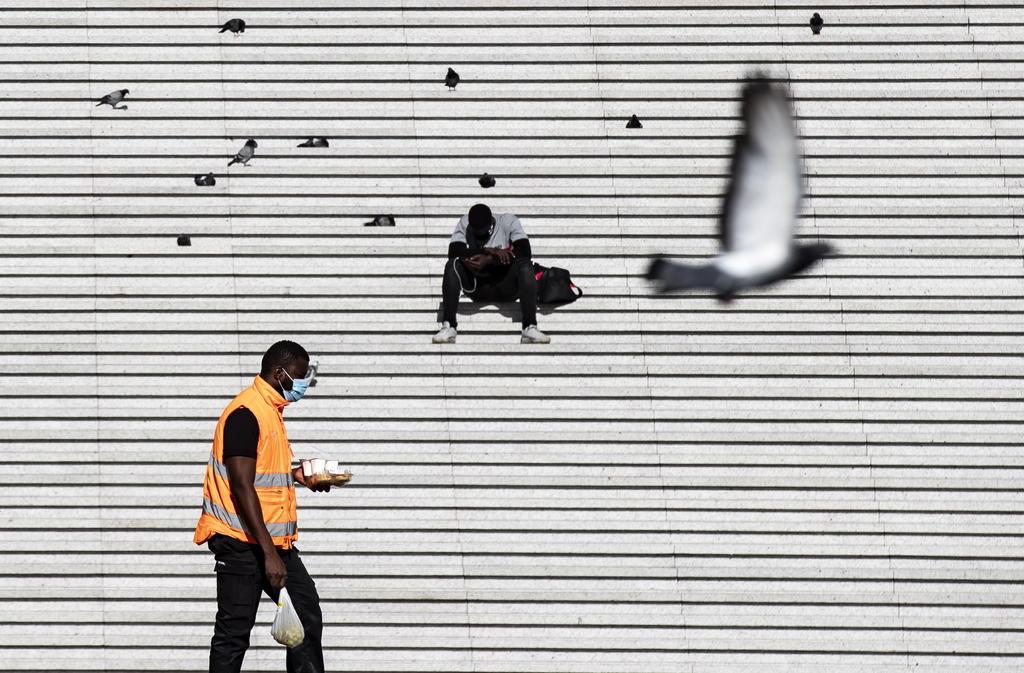 Registra Francia 13,215 casos de COVID-19 en un día. Noticias en tiempo real