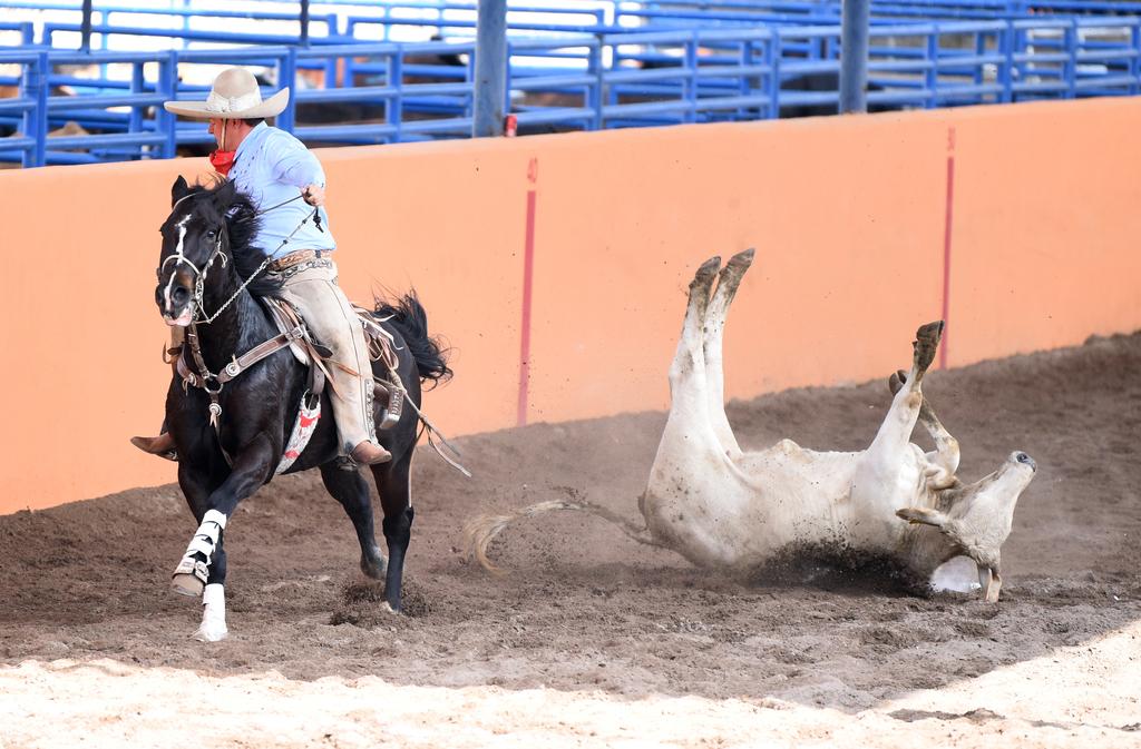 No hubo aficionados en las gradas del Lienzo Charro Gómez Palac
