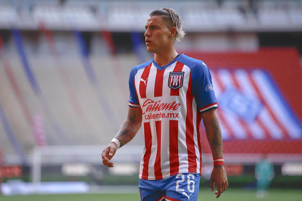 Calderón afirma haber cambiado de hábitos y quiere resurgir con Chivas. Noticias en tiempo real