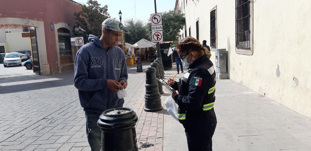 Multan' a peatones sin cubrebocas en Durango,
