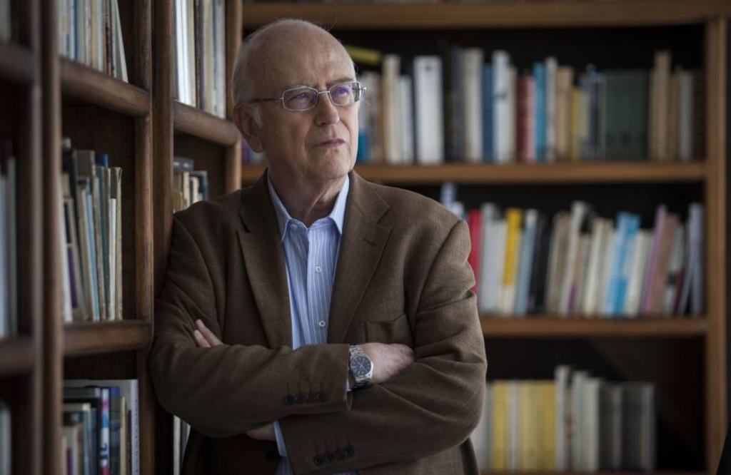 AMLO no debate, insulta: Roger Bartra. Noticias en tiempo real