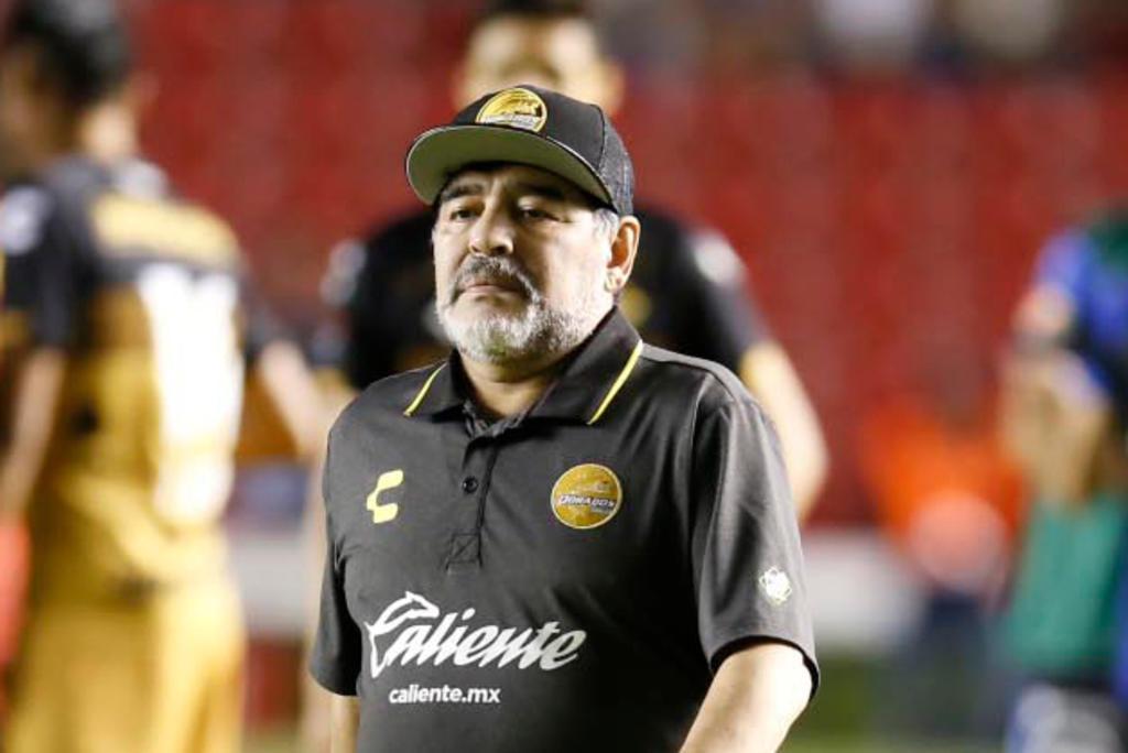 Medio argentino reporta muerte de Diego Maradona. Noticias en tiempo real
