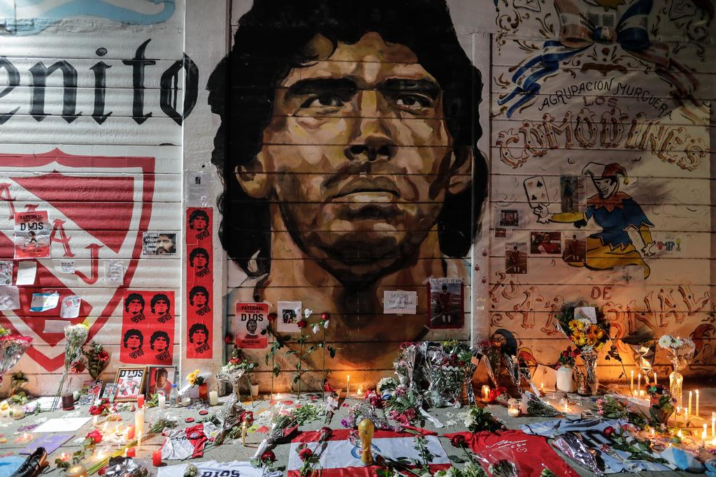 Concluye autopsia a Diego Maradona; trasladan sus restos a Casa Rosada. Noticias en tiempo real