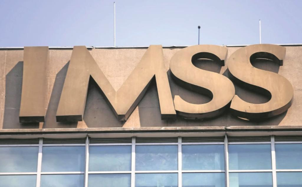 Vinculan a proceso a funcionarios del IMSS por contrato irregular. Noticias en tiempo real