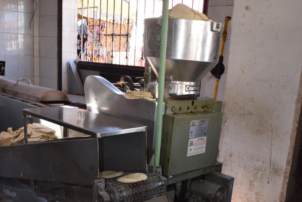 Advierte Cofece a tortilleros contra alza a precio de kilo de tortilla. Noticias en tiempo real