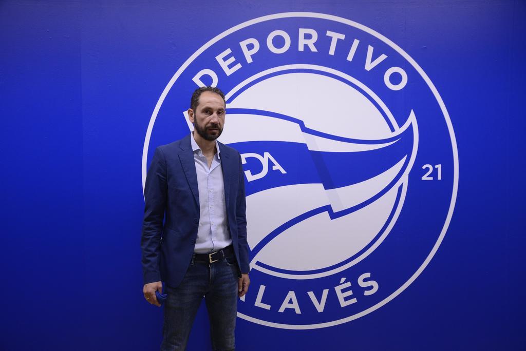 Pablo Machín entrenador del equipo Alavés habla sobre su victoria. Noticias en tiempo real