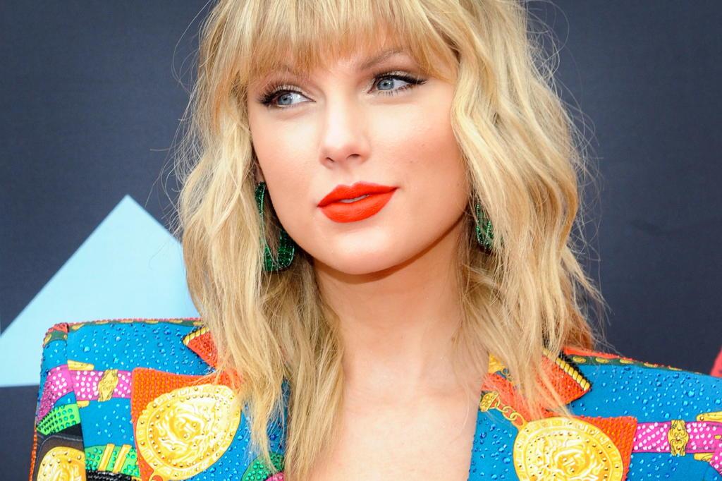 Taylor Swift muestra avance de la música que está regrabando. Noticias en tiempo real
