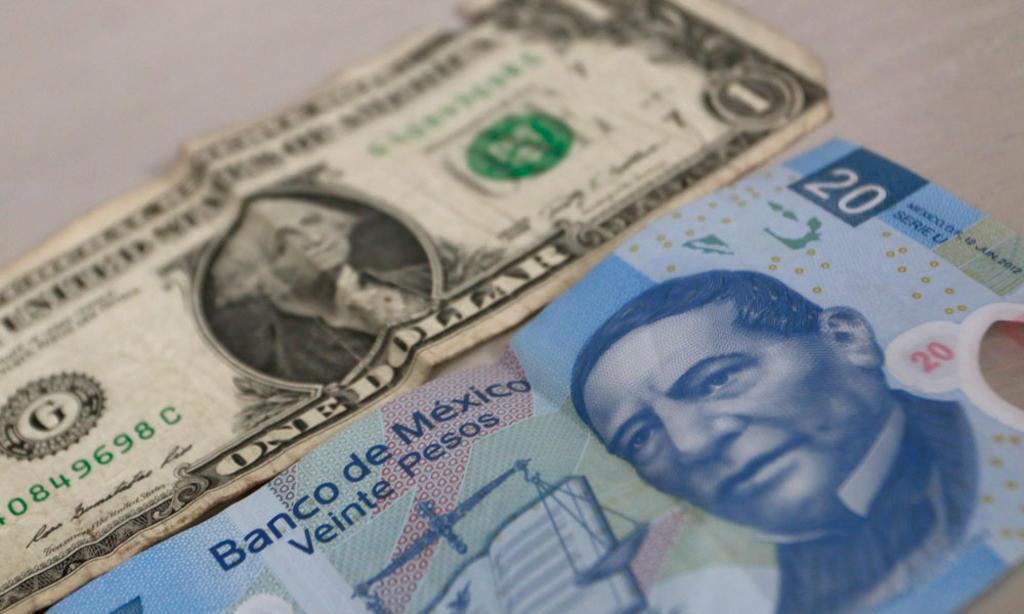 Peso mexicano cierra este viernes por debajo de 20 unidades por dólar. Noticias en tiempo real
