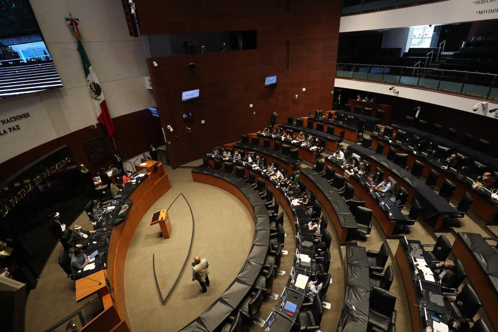 Avanza en Senado regulación de outsourcing
