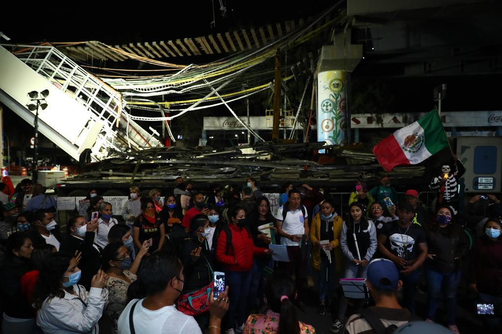 Toman las calles en CDMX por colapso del Metro que ha dejado 26 muertos. Noticias en tiempo real