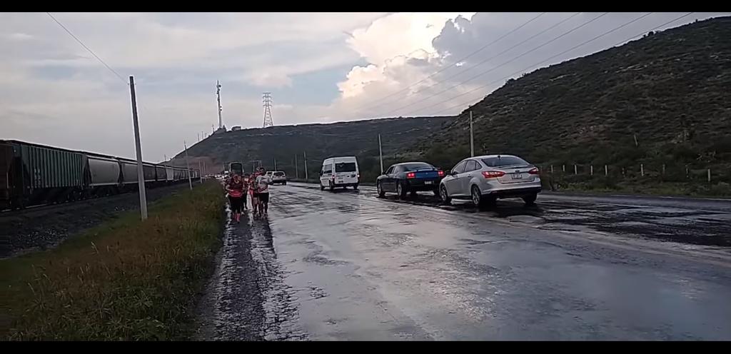 Atleta atraviesa Saltillo; recorrerá México desde Acuña a Guatemala. Noticias en tiempo real