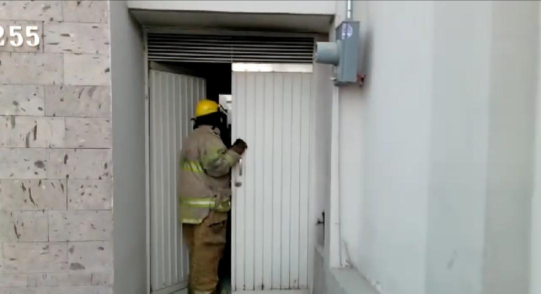 Reporte sobre incendio en restaurante de Torreón moviliza a los bomberos. Noticias en tiempo real