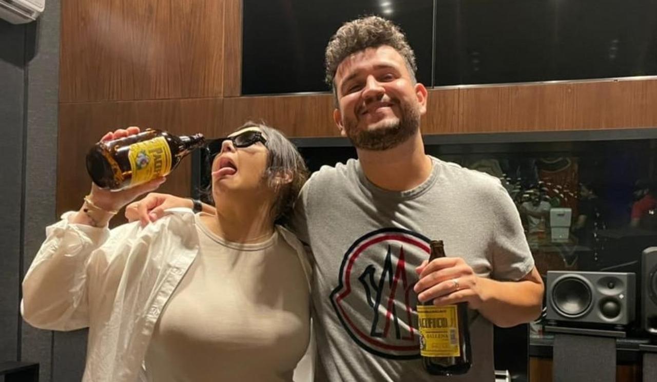 Yuridia y Edén de Calibre 50 se toman unos tragos durante colaboración, El  Siglo de Torreón
