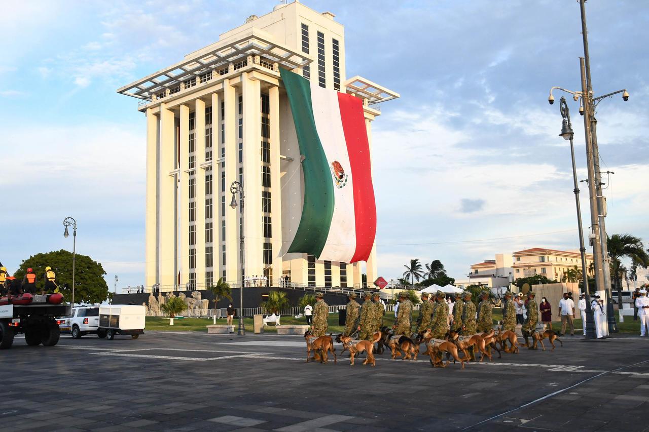 La Ley Orgánica de la Armada de México entra en vigor. Noticias en tiempo real
