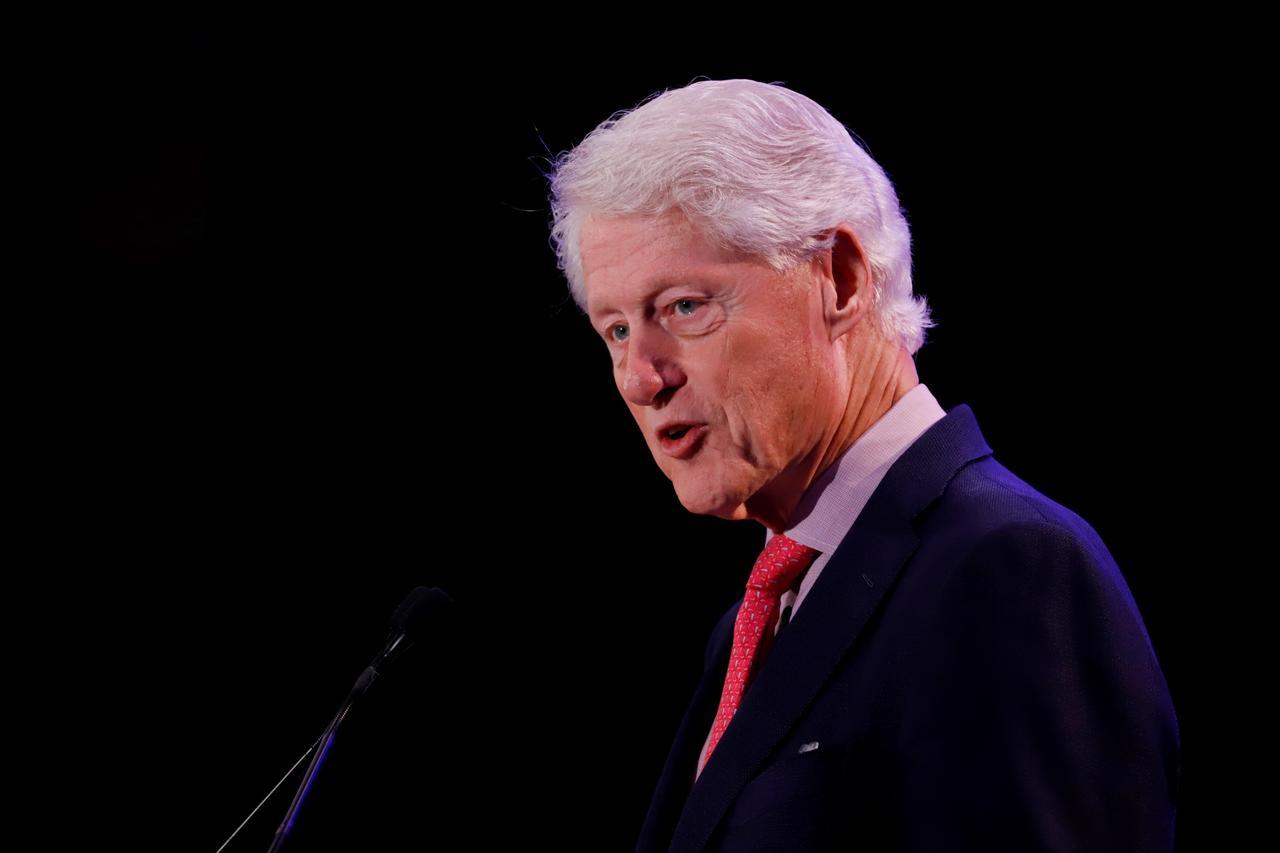 Bill Clinton, expresidente de Estados Unidos, es hospitalizado por una infección. Noticias en tiempo real