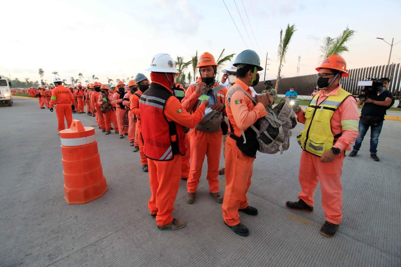 Unos 500 trabajadores de ICA Flour en Dos Bocas son retirados de su área laboral. Noticias en tiempo real